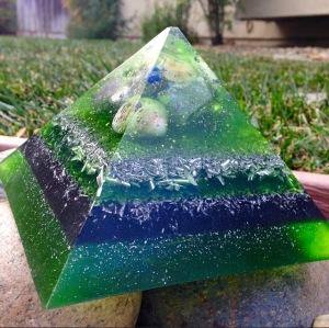 green Jumbo Giza! Your deep sleep and lucid dreams never felt so good!