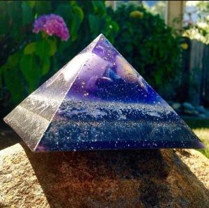 purple medium Giza- 4.72x 4.72 inches.
